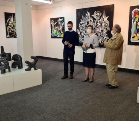 """DOBOJ: Otvorena izložba """"Umjetnik kao mitolog"""""""
