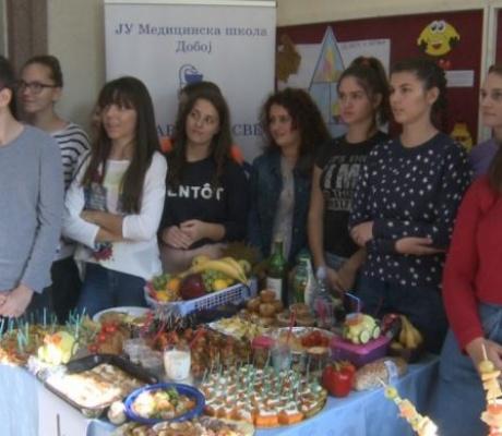 DOBOJ: Obilježen Svjetski dan zdrave hrane u Medicinskoj školi