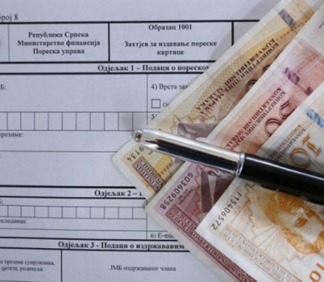 U kasu javnih prihoda Srpske prikupljeno 2,28 milijardi KM
