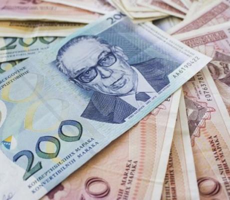Prosječna plata u martu bila je 950 maraka u BiH
