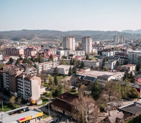 DOBOJ: Stanari u zajednicama etažnih vlasnika mogu dobiti 5.000 KM (VIDEO)